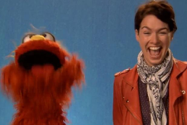 'Game of Thrones' Star Lena Headey Stops by 'Sesame Street' (Video)