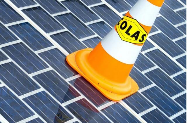France To Build More Than 600 Miles Of Solar Roads: Video