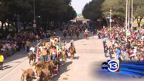 Rodeo parade once again wows spectators