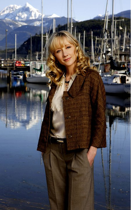 Anne Heche stars as Marin Frist in Men in Trees on ABC.
