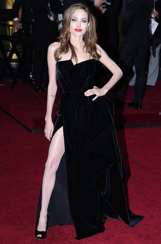 Angelina's right leg even got its own Twitter page after the actress flashed the flesh at the Oscars in February 2012 / Rex