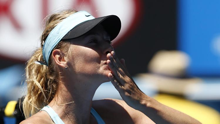 Beats the heat: Sharapova into 3rd round