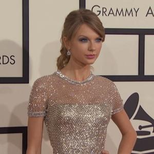 Taylor Swift Reveals 'Shake It Off' Cheerleader Outtakes