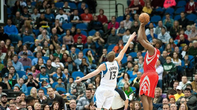 NBA: Houston Rockets at Minnesota Timberwolves