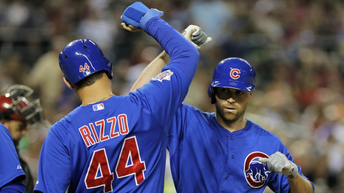 Schierholtz powers Cubs to 7-6 win over D'Backs