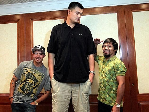 Today in 'Yao Ming is Tall' news: Yao is taller than Manny Pacquiao and Brandon Rios (Photo)