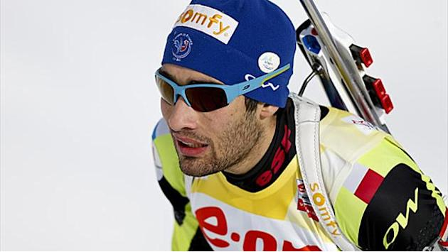 Biathlon - Fourcade reigns in sprint