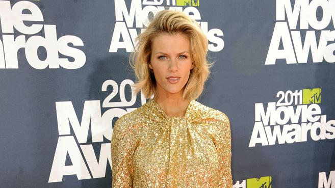 2011 MTV Movie Awards Brooklyn Decker