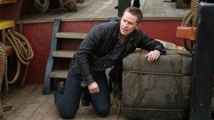 'Once Upon a Time': Josh Dallas Previews Giant Confrontations and Charming vs. Hook