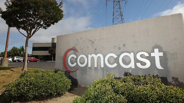 DC Man Sues Comcast Over '$26K Error' (ABC News)
