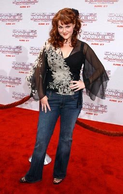 Premiere: Sara Rue at the LA premiere of Columbia's Charlie's Angels: Full Throttle - 6/18/2003