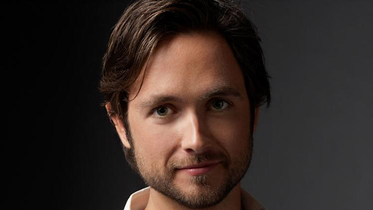 "Justin Chatwin stars as Steve in ""Shameless."""