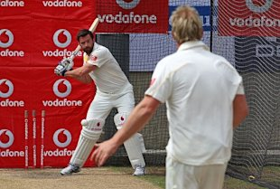 Hugh Jackman Plays Cricket