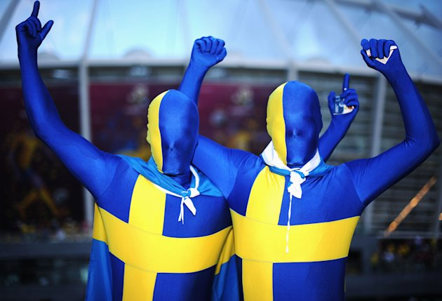 Sweden v England - Group D: …