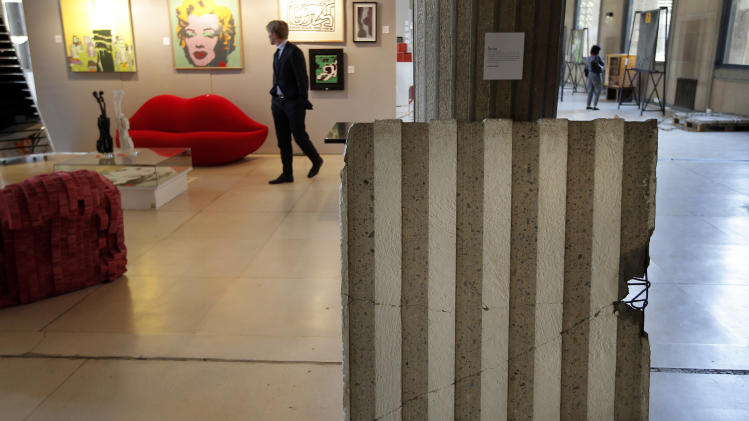 Art history under hammer as Berlin Wall is sold