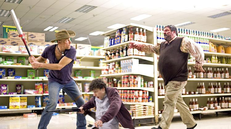 Zombieland Columbia Pictures Production Photos 2009 Woody Harrelson Jesse Eisenberg