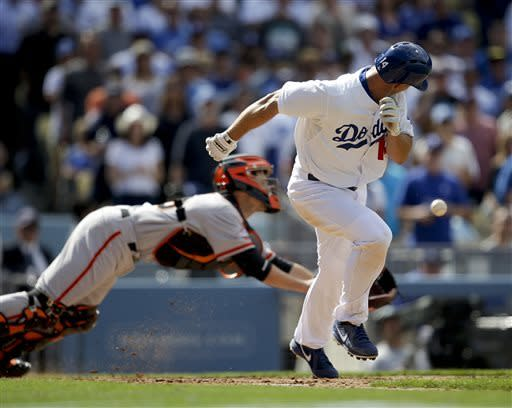Kershaw's HR and shutout lead Dodgers over Giants