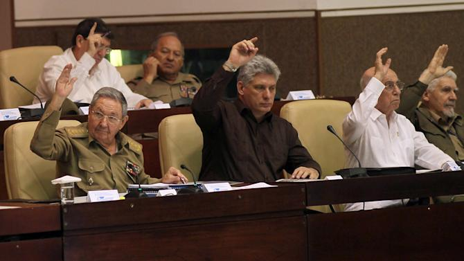 Cuban lawmakers OK key foreign investment law