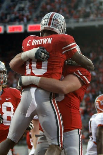 Hyde scores 3 TDs as Buckeyes crush Illini 52-22