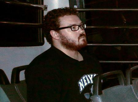 Coked-up British banker imagined police behind curtains after cutting woman's throat