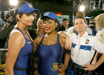 Kerri Kenney-Silver , Niecy Nash and Mary Birdsong at the Los Angeles premiere of 20th Century Fox's Reno 911: Miami