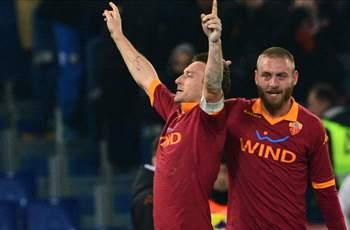 Totti urges Chelsea target De Rossi to stay at Roma