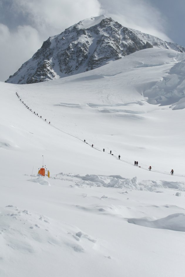 4 MISSING CLIMBERS PRESUMED DEAD AFTER AVALANCHE Photos | 4 ...