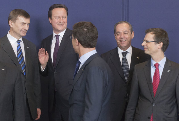 <p>               From left, Estonia's Prime Minister Andrus Ansip, British Prime Minister David Cameron, Dutch Prime Minister Mark Rutte, Malta's Prime Minister Lawrence Gonzi and Secretary General of the Council Uwe Crsepius during a group photo at a EU Budget summit at the European Council building in Brussels, Thursday, Feb. 7, 2013. European Union leaders drew hard lines Thursday ahead of a struggle over EU spending for the next seven years that reflects deep divisions about the role of their union. (AP Photo/Michel Euler)