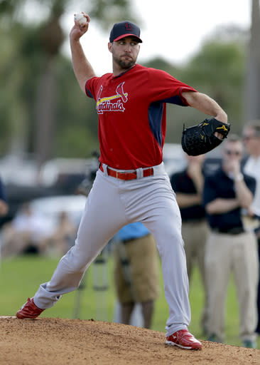 Wainwright throws first bullpen since injury last week