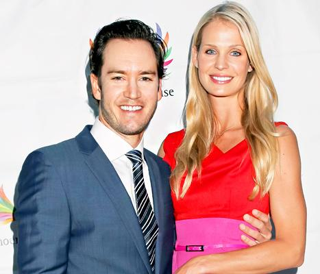 Mark-Paul Gosselaar, Wife Catriona McGinn Expecting First Child Together