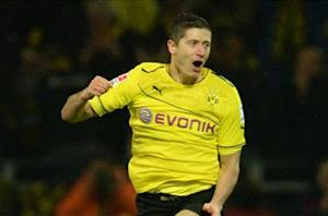 Official: Lewandowski to join Bayern Munich