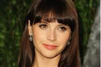 'Like Crazy's Felicity Jones Rejoins Agent Warren Zavala At WME