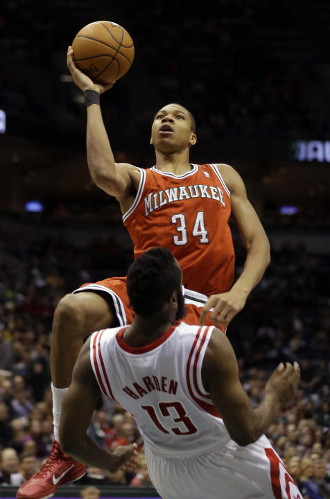 Howard, Harden lead Rockets over Bucks 101-95