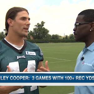 Philadelphia Eagles wide receiver Riley Cooper goes 1 on 1 with Michael Irvin