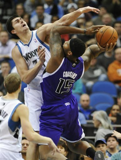 Love, Ridnour lead Timberwolves over Kings 99-86