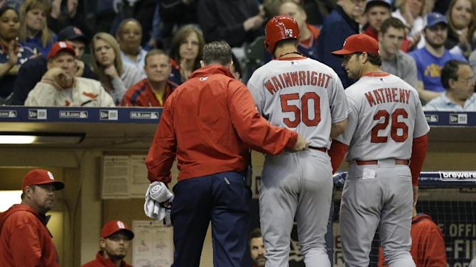 Cards ace Wainwright placed on 15-day DL with ankle injury