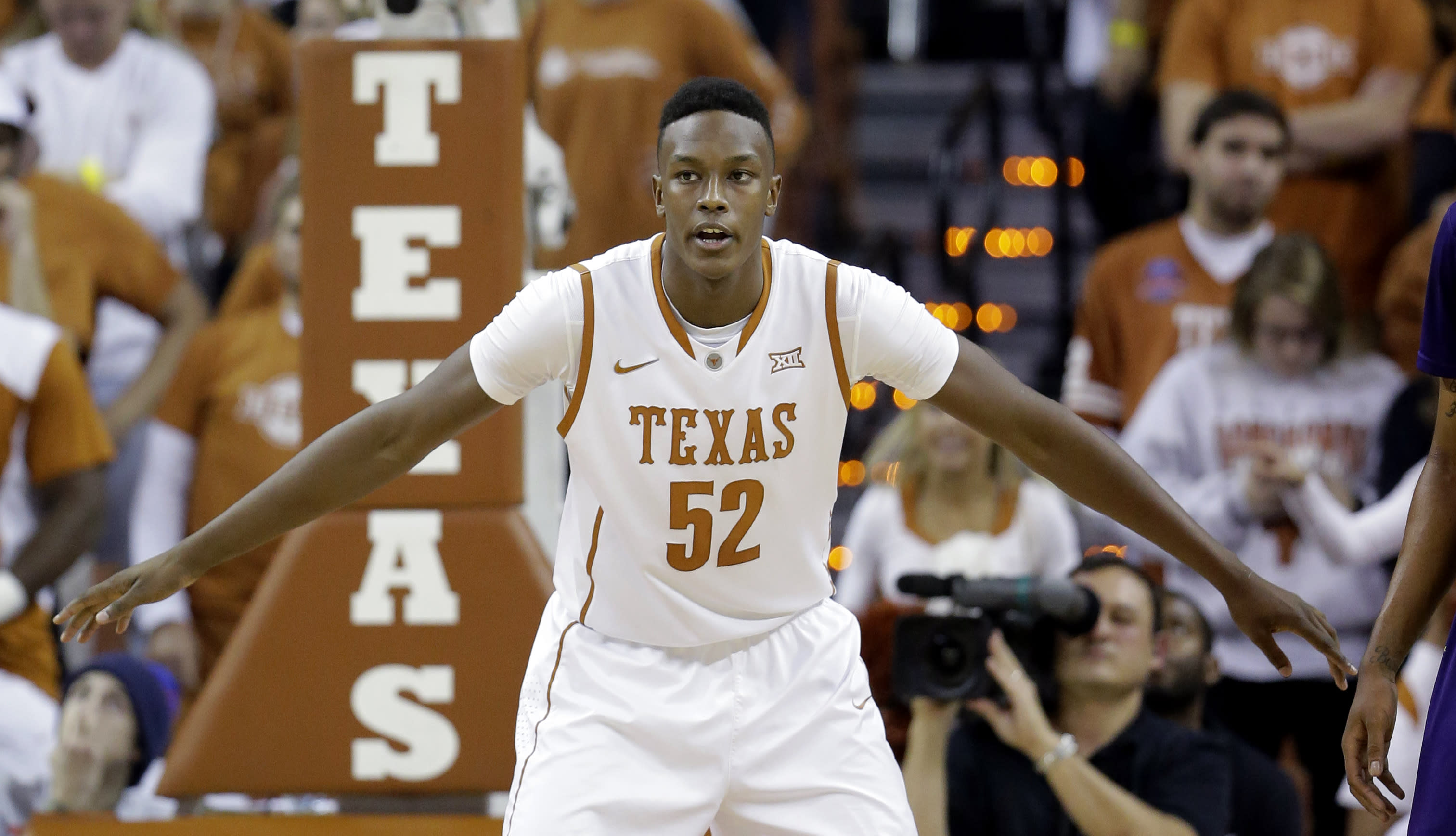 Highly touted Myles Turner will enter the NBA draft