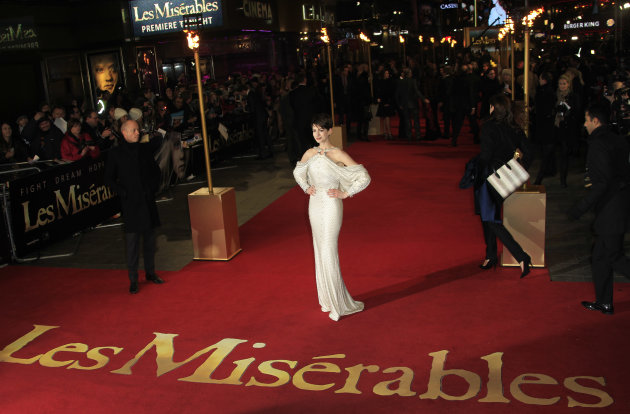 Anne Hathaway arrives on the red carpet for the World Premiere of &#39;Les Miserables&#39; at a central London cinema in Leicester Square, Wednesday, Dec. 5, 2012. (Photo by Joel Ryan/Invision/AP)