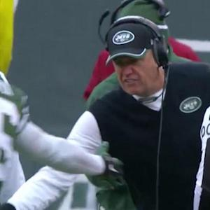 New York Jets wide receiver Percy Harvin snags 11-yard pass, gets dapped by Rex Ryan