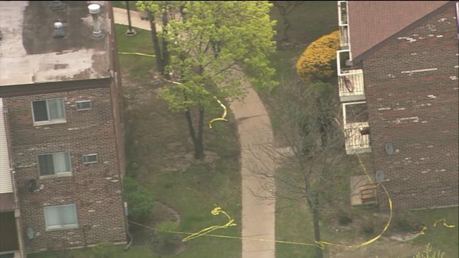 RAW: Man shot to death at Wheeling apartment complex