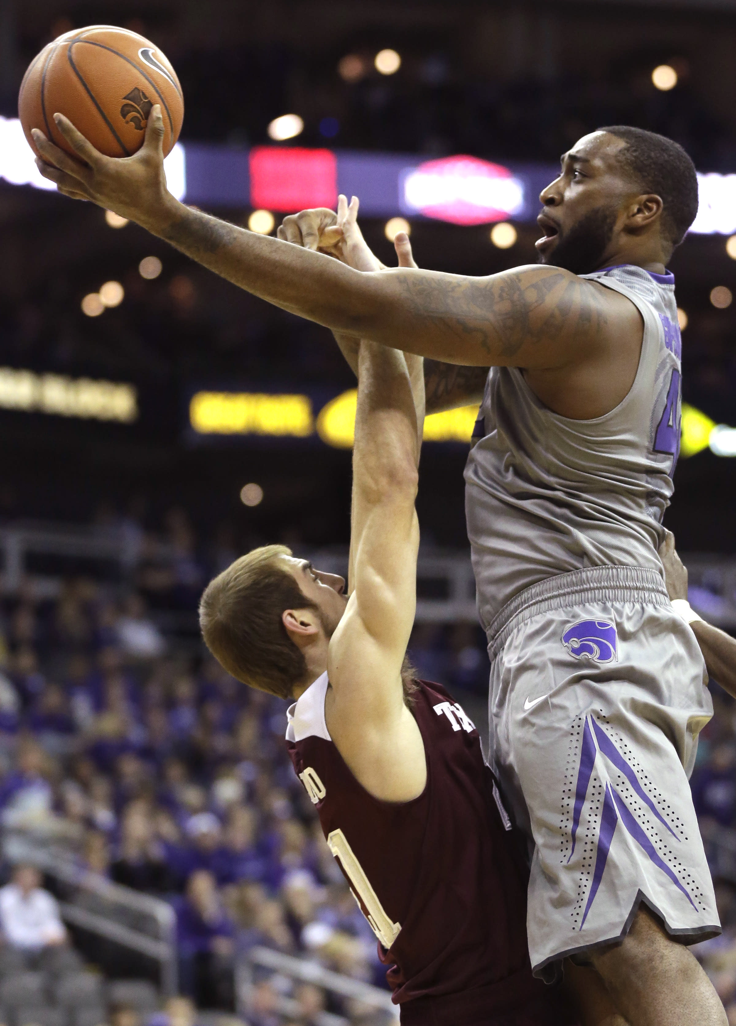 Williams scores 17 in K-State's 71-64 win over Texas A&M