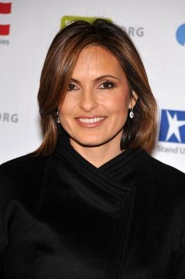Mariska Hargitay attends the Stand Up For Heroes benefit for the Bob Woodruff Foundation at Town Hall, NYC, November 4, 2009 -- WireImage