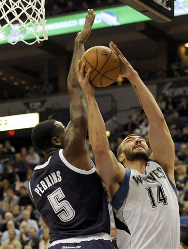 Barea, Wolves snap Thunder's 12-game streak