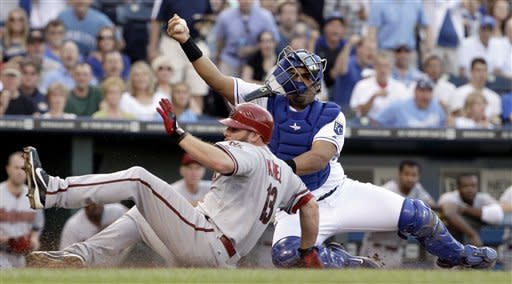 Butler, Moustakas lead Royals past D-backs 7-3