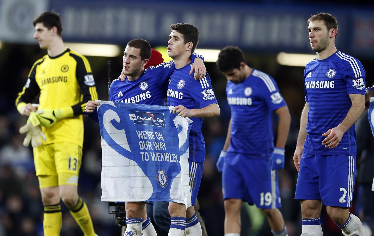 Chelsea looks to restore 8-point lead over stumbling City