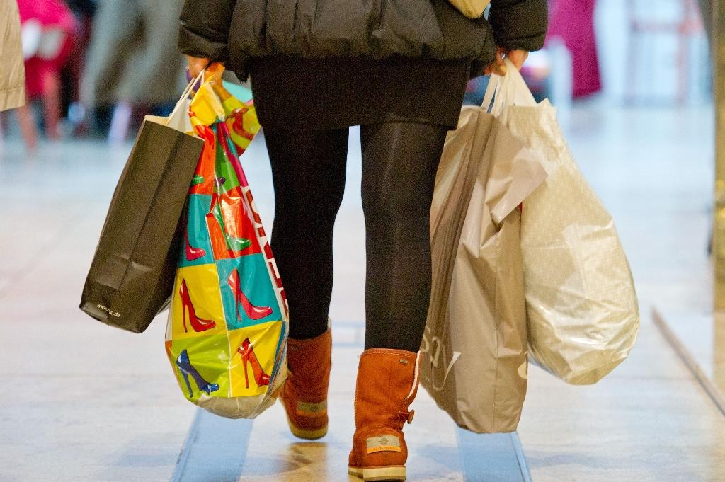 German retail sales surge on sunny consumer outlook