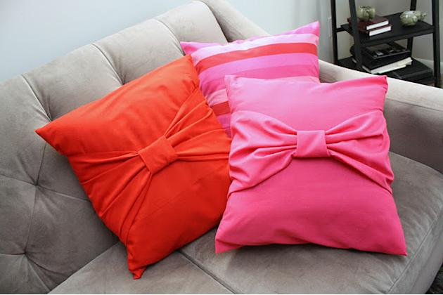 Beautiful Bow Pillow