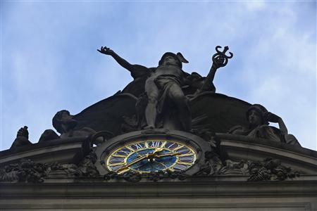 A statue of Mercury sits above the clock over 42nd St. at Grand Central Terminal in New York, January 25, 2013. REUTERS/Brendan McDermid