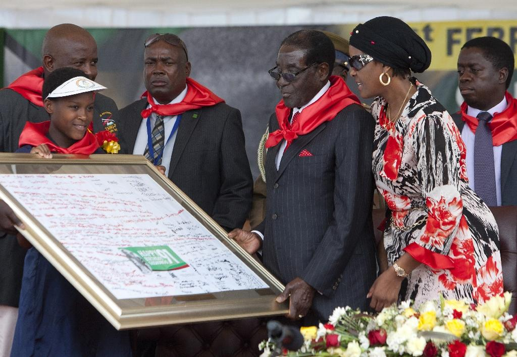 Mugabe celebrates 91st birthday with million-dollar bash