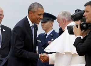 U.S. President Obama welcomes Pope Francis to the United…